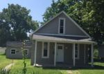 Foreclosed Home in Mattoon 61938 2105 MARION AVE - Property ID: 4293629