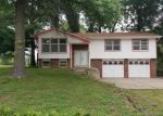 Foreclosed Home in Lansing 66043 909 IDA ST - Property ID: 4293907