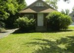 Foreclosed Home in Villa Park 60181 213 N WISCONSIN AVE - Property ID: 4293921