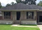 Foreclosed Home in Denham Springs 70726 7432 CALLAHAN DR - Property ID: 4294269