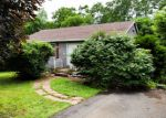 Foreclosed Home in Niverville 12130 15 FISH LAKE RD - Property ID: 4294520