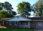 Foreclosed Home in Union City 38261 289 CEDAR ST - Property ID: 4294715