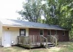 Foreclosed Home in Lumberton 28358 5908 NC HIGHWAY 211 E - Property ID: 4295619