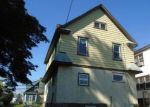 Foreclosed Home in Lansdowne 19050 957 BULLOCK AVE - Property ID: 4295647