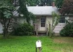 Foreclosed Home in Holbrook 11741 883 GRUNDY AVE - Property ID: 4295723