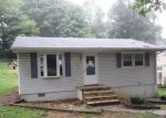 Foreclosed Home in Staunton 24401 323 MONTGOMERY AVE - Property ID: 4296138