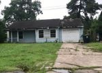 Foreclosed Home in Houston 77015 12620 ADELIA CT - Property ID: 4298590