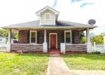 Foreclosed Home in Roanoke 24014 2017 RIVERDALE RD SE - Property ID: 4299584
