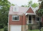 Foreclosed Home in Verona 15147 7914 MOUNT CARMEL RD - Property ID: 4303567