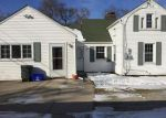 Foreclosed Home in Grosse Ile 48138 21455 MERIDIAN RD - Property ID: 70123604