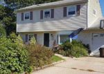 Foreclosed Home in Port Jefferson Station 11776 12 ONTARIO ST - Property ID: 70123917