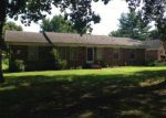 Foreclosed Home in Dresden 38225 182 OAK DR - Property ID: 70124021