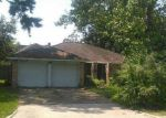 Foreclosed Home in Crosby 77532 17019 N LIGHTHOUSE DR - Property ID: 70124941