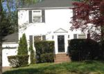 Foreclosed Home in Livingston 7039 11 VILLAGE DR - Property ID: 70125111