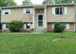 Foreclosed Home in Medford 11763 1806 WAVE AVE - Property ID: 70126278