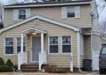 Foreclosed Home in West Hempstead 11552 619 WALL ST - Property ID: 70126695