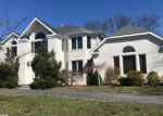 Foreclosed Home in Lake Grove 11755 11 COBBLESTONE LN - Property ID: 70126849