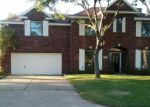 Foreclosed Home in Angleton 77515 105 KNIGHT ST - Property ID: 70127006