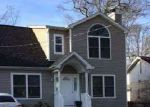 Foreclosed Home in Shirley 11967 3 ROBINSON DR - Property ID: 70127121