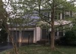 Foreclosed Home in Dumfries 22025 15677 RENTON CT - Property ID: 70127728