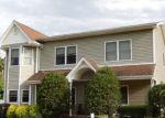 Foreclosed Home in West Islip 11795 528 BELLMORE ST - Property ID: 70127999