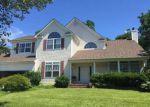 Foreclosed Home in Lake Grove 11755 6 OAKWOOD CT - Property ID: 70128204