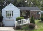 Foreclosed Home in Carnegie 15106 4 SAINT JOHNS DR - Property ID: 70129114