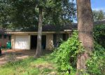 Foreclosed Home in Conroe 77301 302 FULLEN ST - Property ID: 70130346