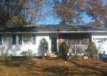 Foreclosed Home in Ronkonkoma 11779 183 CHEROKEE ST - Property ID: 70130881