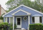 Foreclosed Home in Shirley 11967 78 OAK AVE - Property ID: 70131221