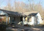 Foreclosed Home in Cordova 38018 1424 BRIDGEWATER RD - Property ID: 70132336