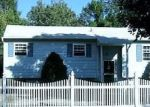 Foreclosed Home in Medford 11763 3005 EAGLE AVE - Property ID: 70133153