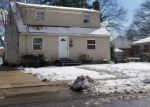 Foreclosed Home in Westbury 11590 252 COVERT ST - Property ID: 70133368
