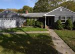 Foreclosed Home in Bellport 11713 77 N HOWELLS POINT RD - Property ID: 70133376