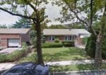 Foreclosed Home in Elmont 11003 872 NIAGARA ST - Property ID: 70134681