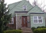 Foreclosed Home in Lynbrook 11563 429 PENINSULA BLVD - Property ID: 6115304