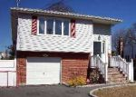Foreclosed Home in West Babylon 11704 19 FLANDERS PL - Property ID: 6172175