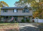 Foreclosed Home in Manorville 11949 35 SOUTH ST - Property ID: 6184722