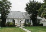 Foreclosed Home in East Meadow 11554 189 WICKSHIRE DR - Property ID: 6266692
