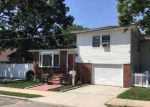 Foreclosed Home in Bay Shore 11706 84 CENTER AVE - Property ID: 6267991