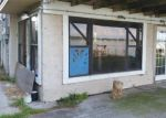 Foreclosed Home in Auburndale 33823 1008 LAKESHORE DR - Property ID: 6278247