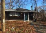 Foreclosed Home in Mastic 11950 45 DANA AVE - Property ID: 6278737
