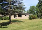 Foreclosed Home in Lakeville 18438 18 LAKEVILLE CT - Property ID: 6287206