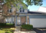 Foreclosed Home in Gurnee 60031 6159 GOLFVIEW DR - Property ID: 6292066