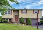 Foreclosed Home in Spring Grove 17362 85 ROTH CHURCH RD - Property ID: 6294972