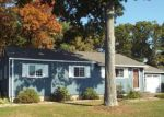 Foreclosed Home in Cromwell 6416 73 FIELD RD - Property ID: 6297486
