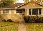 Foreclosed Home in Mundelein 60060 820 COUNTRYSIDE HWY - Property ID: 6298517