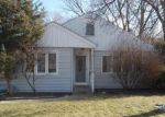 Foreclosed Home in Oak Lawn 60453 5923 LYNWOOD DR - Property ID: 6298530