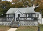 Foreclosed Home in Marcus Hook 19061 2103 FERNCROFT AVE - Property ID: 6298931