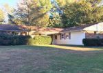 Foreclosed Home in Stony Brook 11790 3 MEDLEY LN - Property ID: 6299253